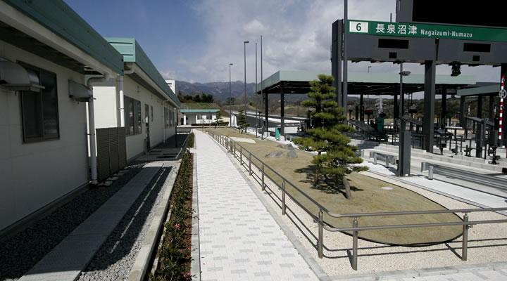 施工実績:新東名高速道路(沼津地区)